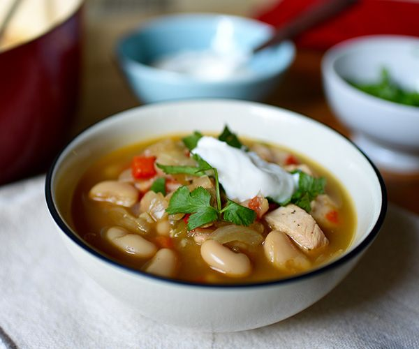 Chicken and White Bean Chili Recipe (1/2 Green, 1/2 Red, 1.5 Yellow, 1/2 tsp) // 21 Day Fix // fitness // fitspo // workout // motivation // exercise // Meal Prep // diet // nutrition // Inspiration // fitfood // fitfam // clean eating // recipe // recipes