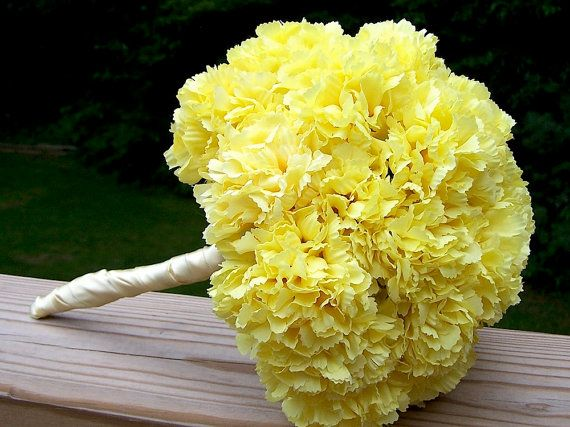 Yellow carnations for bridesmaids....except purple, not yellow