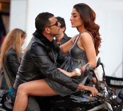 Kambakkht Ishq Akshay Kumar & Kareena Kapoor #Bollywood