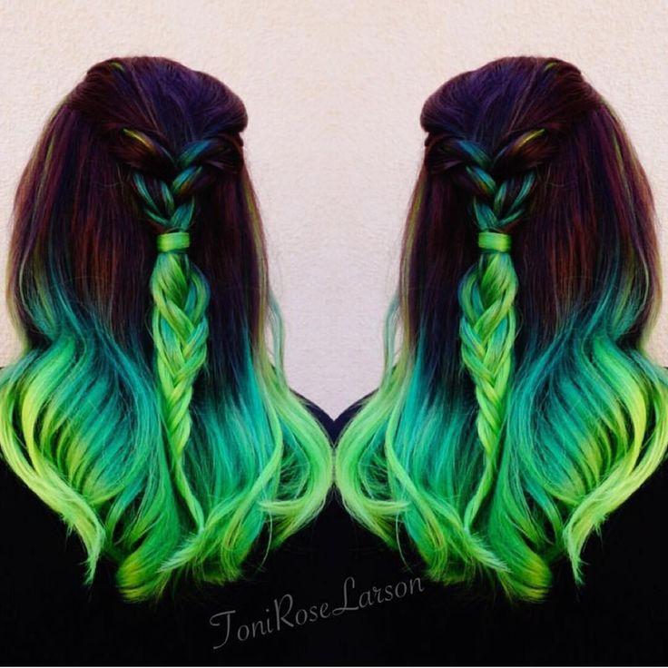 """Lizzy Neon green color melt by Toni Rose Larson @colordollzbytoni #pravana #hotonbeauty"""