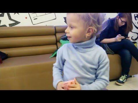 VLOG: Первый поход в кино на мультик кунг-фу панда открываем сюрпризы с игрушками kids world - YouTube