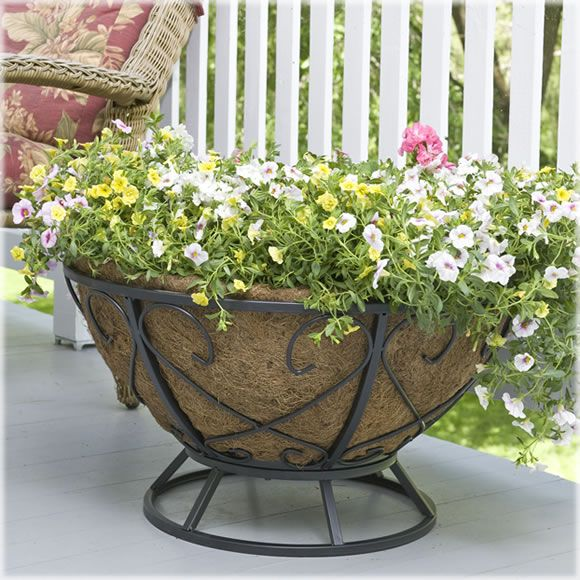 Attractive From Avantgardendecor.com · This Will Look Fabulous In My Garden. CobraCo®  26 Inch Rounded Coco Lined