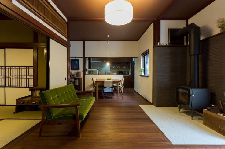 A living room in a townhouse in Teramachi, Kanazawa, after renovation