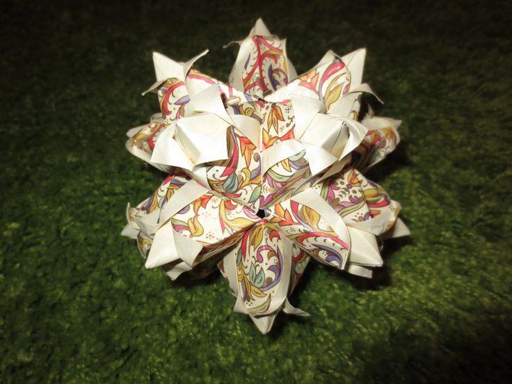 origami: tulip kusudama