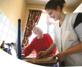 Landelijke Thuiszorg is een erkende dienst voor gezinszorg en aanvullende thuiszorg. Professioneel opgeleide verzorgenden bieden hulp bij me...
