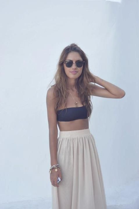 : Summer Looks, High Waist, Summer Style, Long Skirts, Bandeau Tops, Summer Outfits, Ray Ban, Beaches Style, Maxi Skirts