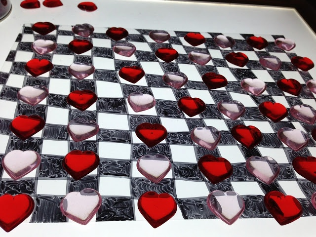 queen of heart checkerboard patterning