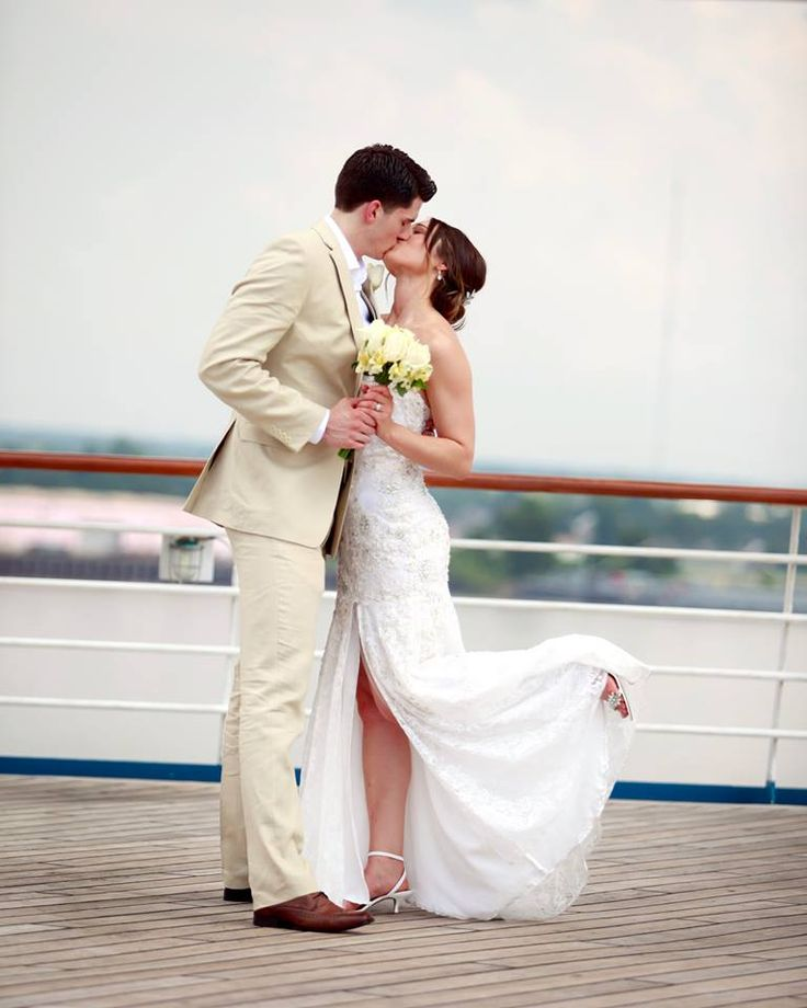 Cruise wedding website email for Wedding dresses for cruise ship