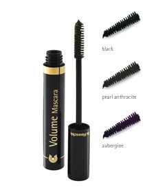 Volume Mascara: Available in black, pearl anthracite and aubergine. A natural, nurturing way to add full volume to lashes and emphasize eyes. Gentle and soothing, in three dynamic colors.