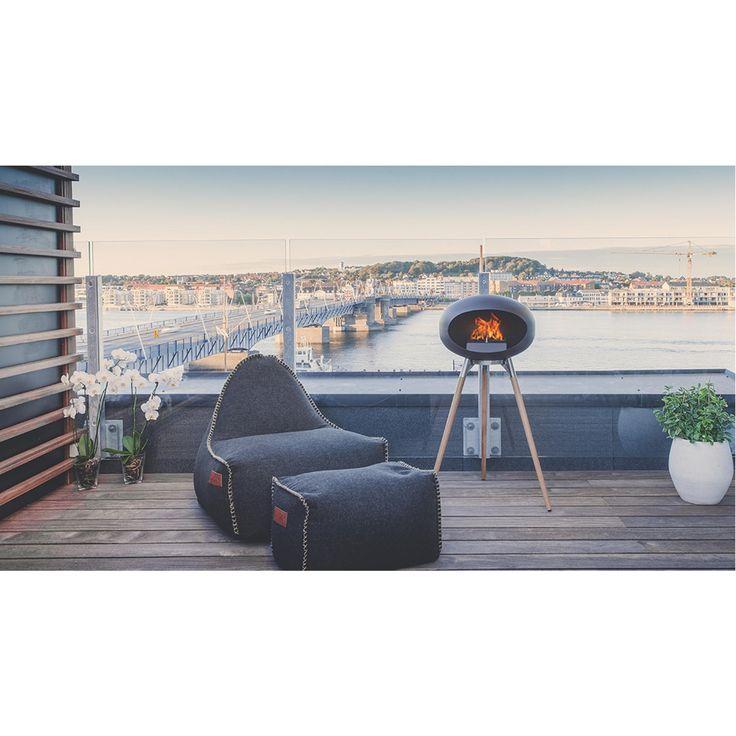 Biopejs til gulv og lofthængt i stilrent dansk design | Le feu.