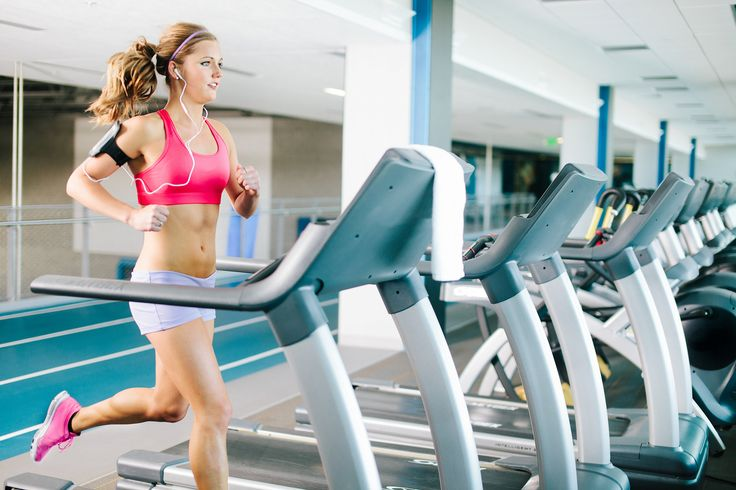 Run faster: Negative Splits Treadmill Workout to increase speed and decrease time!
