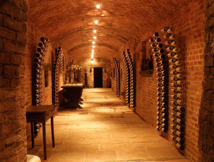 1000 Bilder Zu Weinkellereinrichtung Transparente Aus Acryl Auf Pinterest Design Und Ravenna