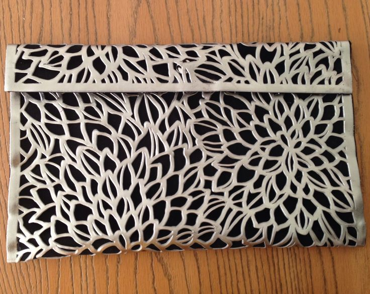 DIY No Sew Metallic Clutch Bag