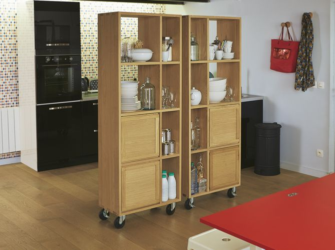 meuble sur roulette cuisine desserte en bois recycl 2 tiroirs avec roulettes sutton hanjel. Black Bedroom Furniture Sets. Home Design Ideas