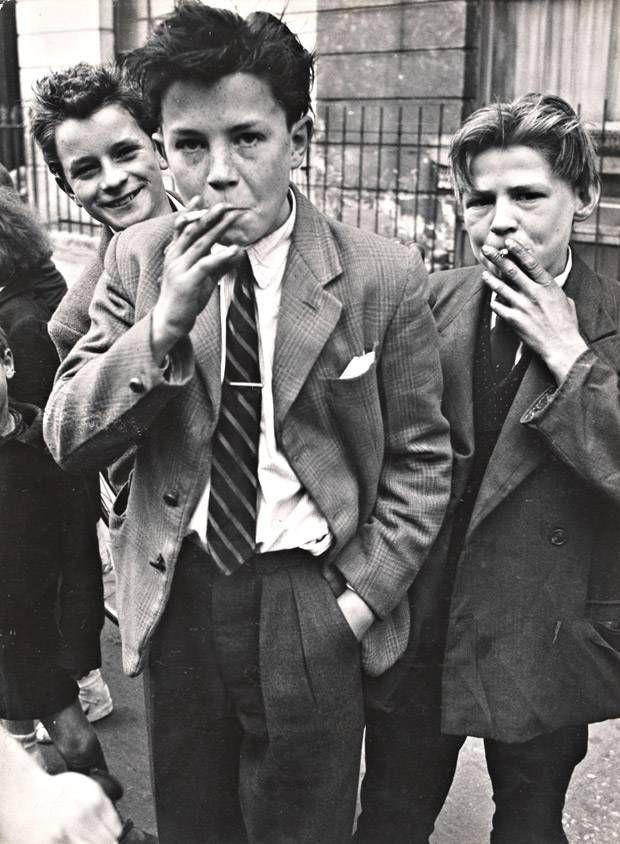 1956-Teddy-boys-and-girls-C.jpg (620×844)