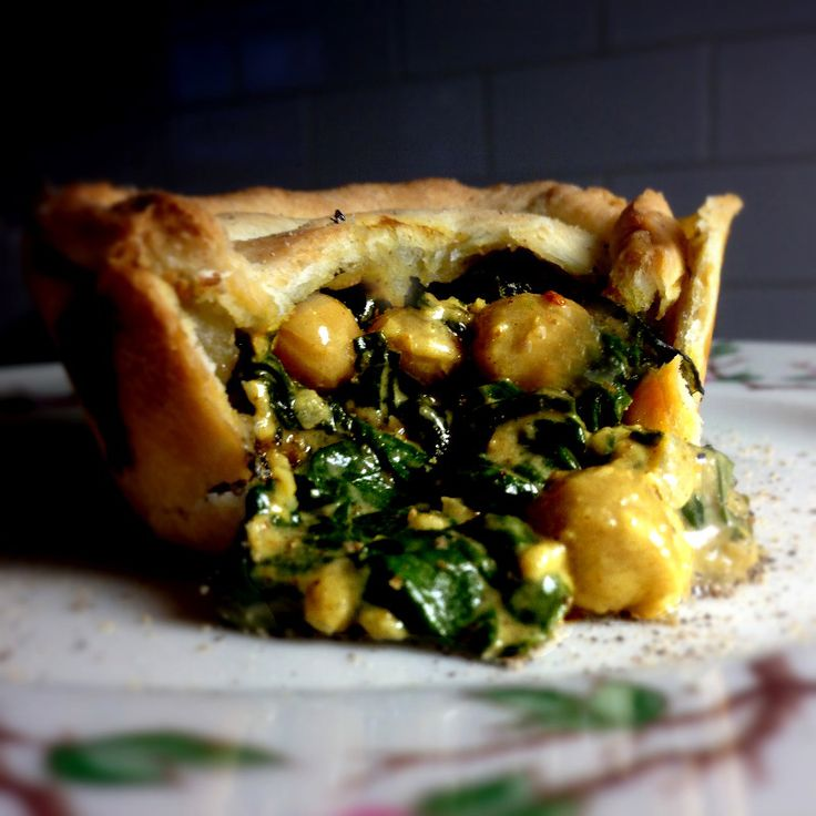 Indian Spinach & Garbanzo Curry Pot Pie Cupcakes in Homemade Herbed Tart Crust