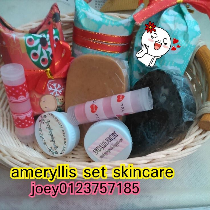 Ameryllis skincare set consist of rose geranium lip balm,licorice and barley soap for freckles charcoal soap for oily and reduce blackhead,ameryllis acne cream# bestselling, ameryllis herbal balm for headache, acne,acne scar,mosquito bites, stretchmarks. Price for soap is rm25 each,lips balm rm15 and acne cream and ameryllis herbal balm rm30 west, rm40 east Pm me joey wechat/instagram /linejoey2383 whatsapp 0123757185 www.joeyshoppingmalls.blogspot.com