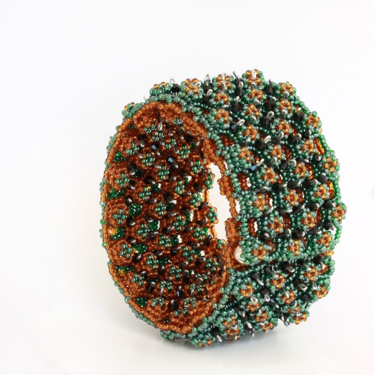 New to ShalaneHopkins on Etsy: Green and Brown Beadwoven Reversible Ootheca Cuff Bracelet (670.50 NZD)