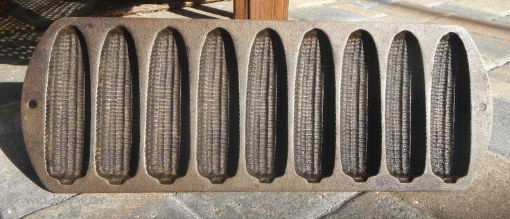Vintage LODGE Cast Iron 927C2 USA Cookware 9 Ears Cornbread/Corn