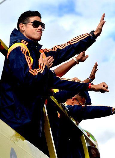 En primer plano: arribo de la selección Colombia a Bogotá al país | EL PAIS
