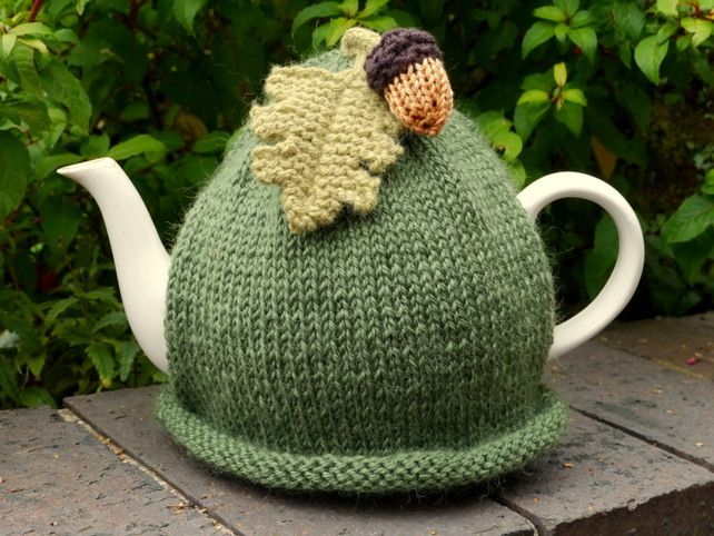 Acorn Leaf Knitting Pattern : 25+ best ideas about Tea Cosy Pattern on Pinterest ...