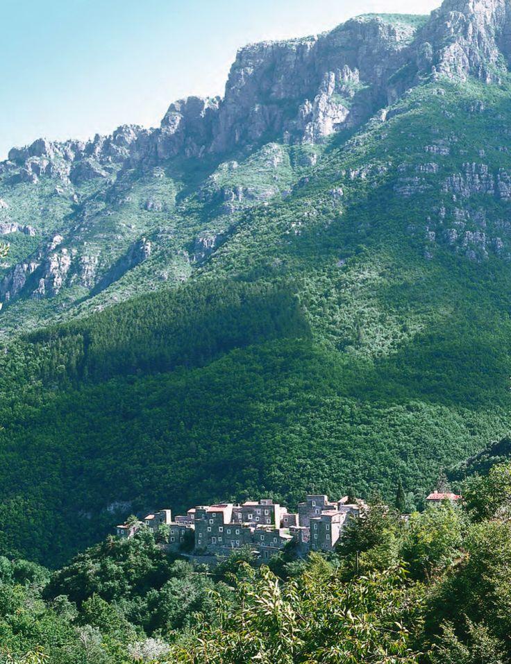 Village of Colletta di Castelbianco – Liguaria. Renovation Project by Giancarlo De Carlo