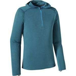 Don't overlook the importance of your baselayer when venturing into high and cold environments. Made with Polartec Power Grid fleece fabric, the Patagonia Men's Capilene Thermal Weight Hooded Zip-Neck Top insulates when you rest, lets heat escape when you're on the move, and efficiently wicks moisture as you sweat, meaning you stay warm and dry when it matters most. In addition to its performance fabric, the Capilene Thermal Weight also features an anatomical design, slim-fitting ...