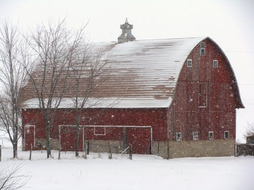 Mendota il barn barns and barn quilts pinterest the for Barn shaped house