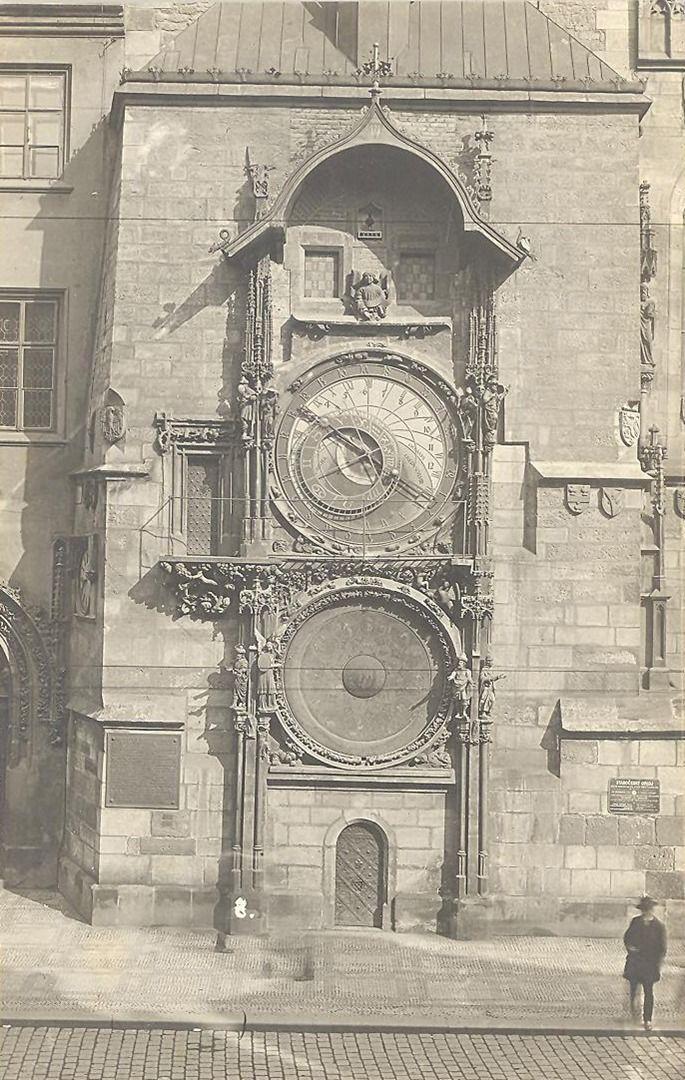 Reach, Zikmund - Staroměstský orloj (Old Town Clock), gelatin silver print