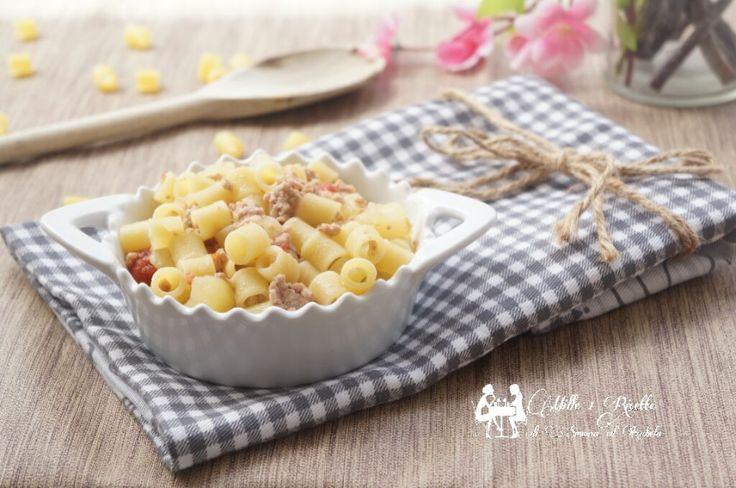 Pasta patate e carne trita è una ricetta che dovete assaggiare. È troppo buona ed anche molto semplice da preparare.