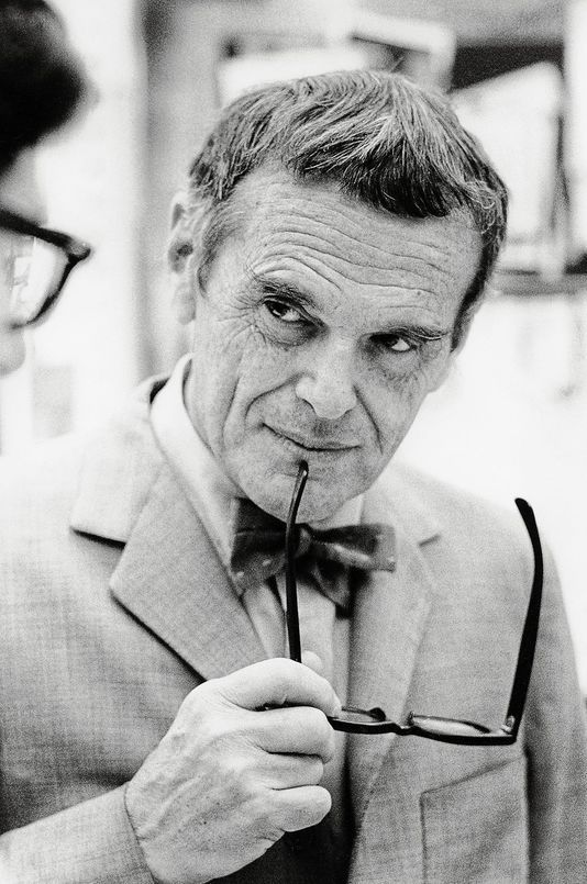 Charles Eames was born in 1907 in St. Louis, Missouri ...
