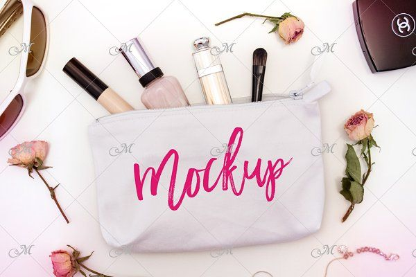 Download White Cosmetic Bag Mock Up Psd Psd Mockup Free Mockups Psd Design Mockup Free Free Psd Design Free Packaging Mockup