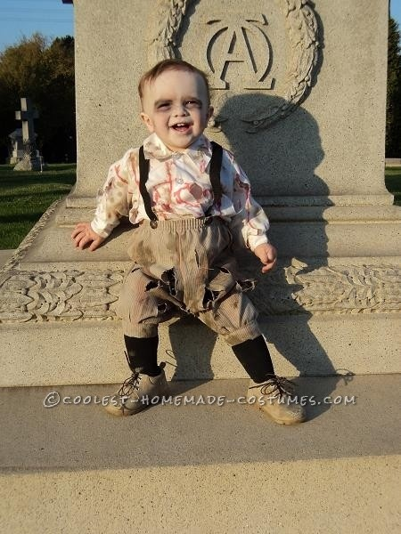 Cutest Zombie Baby Ever… This website is the Pinterest of costumes