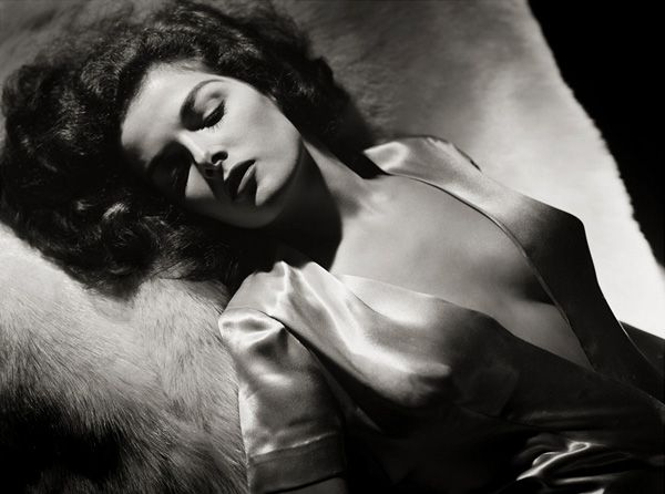 Another Jane Russell shot. Perfect womanhood!
