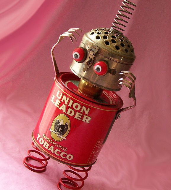 robot assemblage sculpture * BOUNCER by Reclaim2Fame, via Flickr This would look great on my desk.