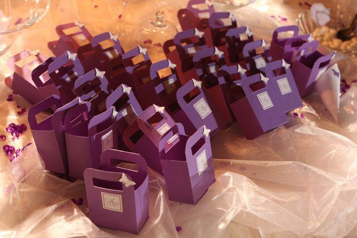 Porta confetti realizzati a mano e personalizzati con etichetta