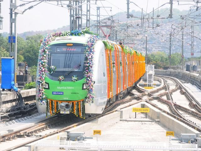 Mumbai Metro rolls out - Twelve major infrastructure developments in 2014 | The Economic Times