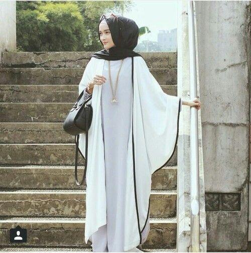 Hijab Fashion 2016/2017: Hijab . white abaya  Hijab Fashion 2016/2017: Sélection de looks tendances spécial voilées Look Descreption Hijab . white abaya