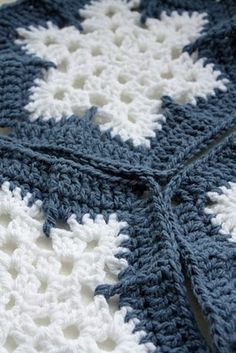 Snowflake Afghan by Lois Olson free crochet pattern on Ravelry at http://www.ravelry.com/patterns/library/snowflake-afghan  Christmas