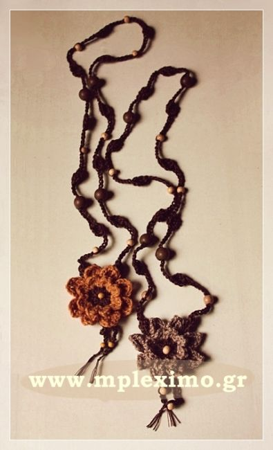 crochet flower necklaces, from mpleximo.gr