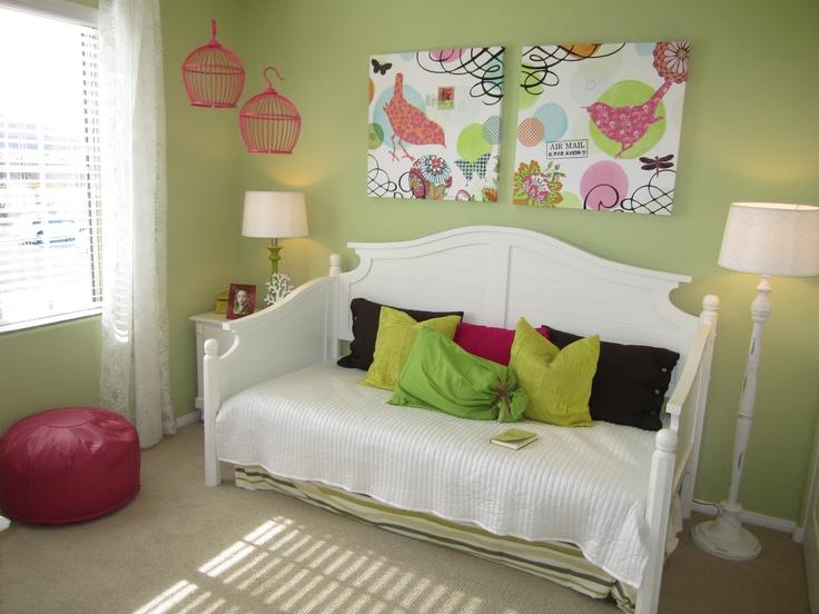 Bedroom Ideas For Teenage Girls Green best 25+ green girls rooms ideas on pinterest | green girls