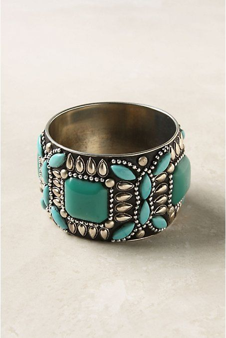 A statement turquoise ring. I love this.