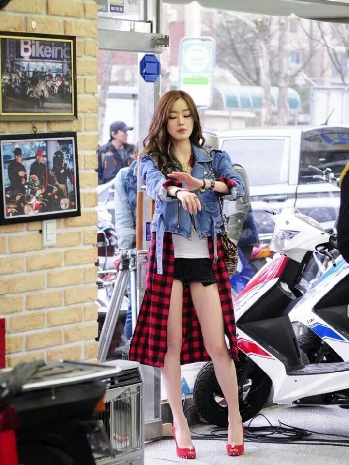 Secrets maknae Han Sunhwa fashion. #HanSunhwa #kpop