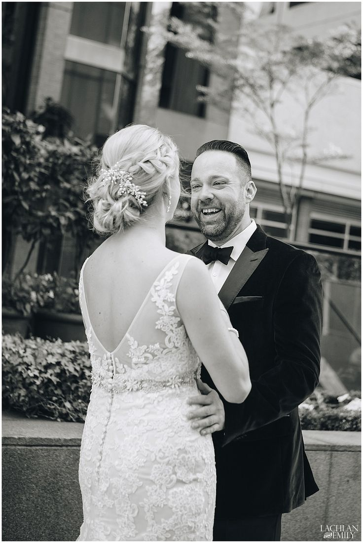 Vancouver Wedding Photography First Look The Metropolitan Hotel