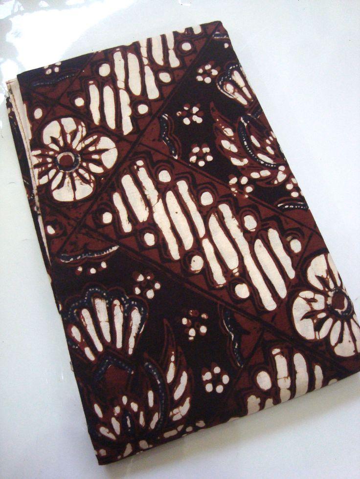 Batik Klasik Jogja Motif Gurdo Kembang   http://thebatik.co.id/batik-cap/batik-klasik-jogja-motif-gurdo-kembang/