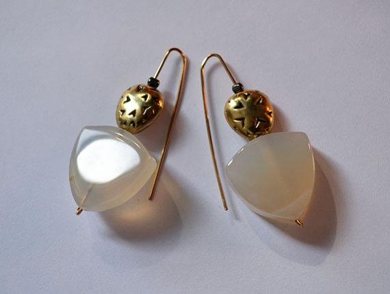 OOAK Designer Modern Loop Earrings / Minimalist Agate Shield by Zamaani