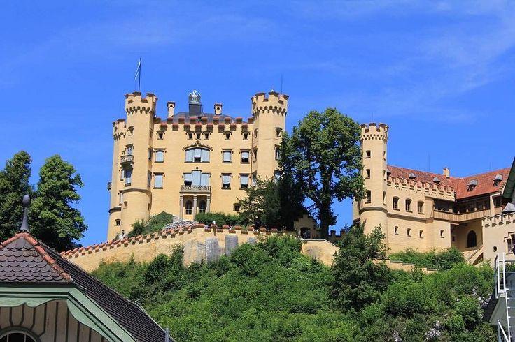 "Hohenschwangau Castle ""Schloss Hohenschwangau"" near Füssen in southwest Bavaria, Germany  Photo taken by me 2011  #germany #tyskland #füssen #fussen #bavaria #ostallgäu #neuschwanstein #castle #hohenschwangaucastle #photobyme #natural #nature #lovely #bea"