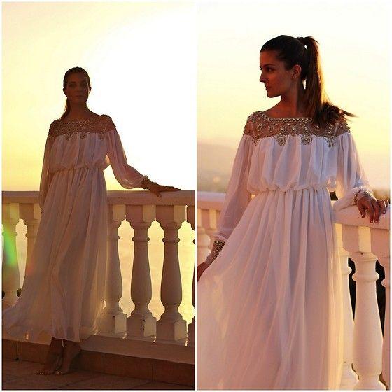 #sunset at #home #tenerife #marilynscloset #fashionblogger #maxidress #whitedress #princess #party #summer #friday #lookoftheday @lookbookdotnu @choies  http://marilynsclosetblog.blogspot.com.es/2014/07/sunset-at-home.html