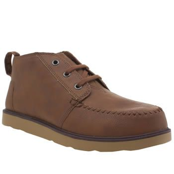 TOMS Brown Chukka Boot Boys Youth Miniature A/W styling has never looked as good as the TOMS Chukka boot. Arriving for kids this stylish design features a faux-leather upper in brown, joined with moccasin-inspired stitch details and s http://www.MightGet.com/january-2017-13/toms-brown-chukka-boot-boys-youth.asp