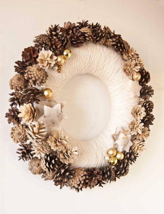 Christmas wreath - Natural wreath - Holiday decor - Pine cones wreath…